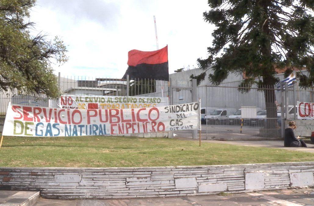 Huelga general del gas a partir del lunes tras decisión de Montevideo Gas de mantener despidos