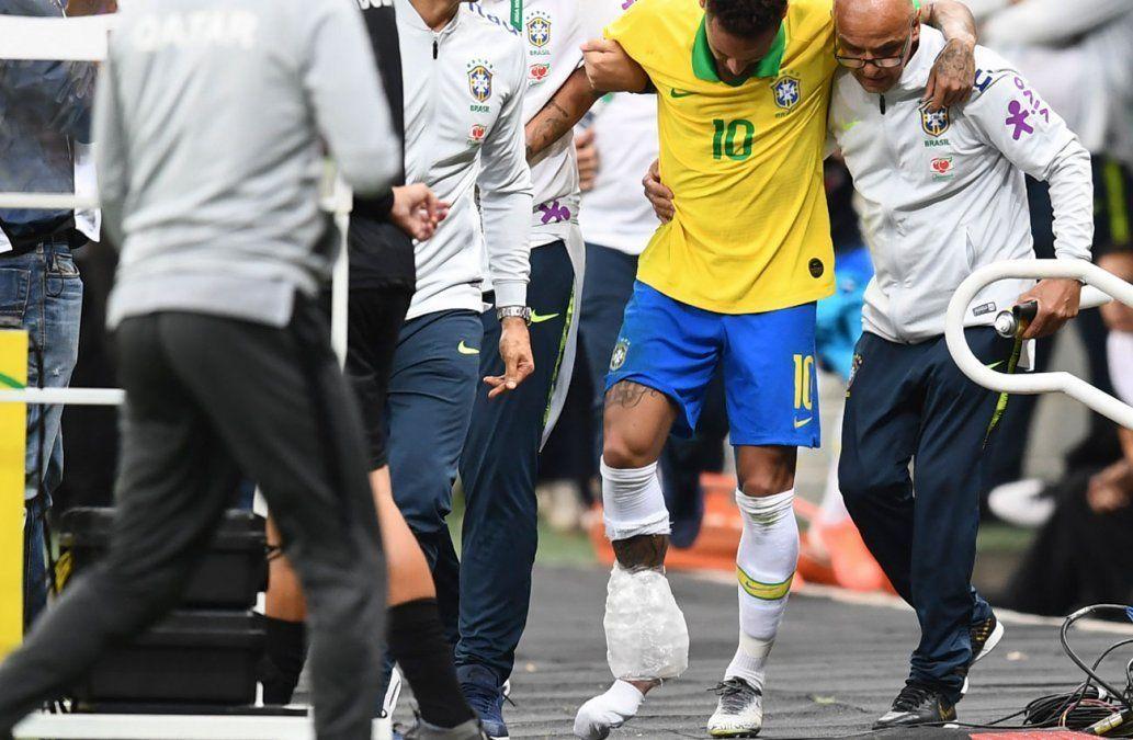 El PSG anuncia que Neymar estará cuatro semanas de baja por esguince
