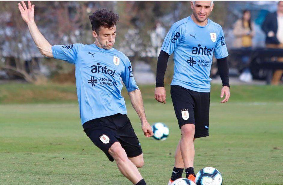 Tabárez vuelve a apostar por Lodeiro para acompañar a Cavani y Suárez en ataque