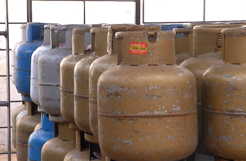 Distribución de garrafas de supergás se normalizará hacia el fin de semana