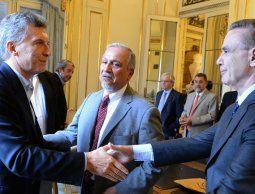 altText(Macri patea el tablero y anuncia fórmula presidencial con jefe del aparato peronista no K)}