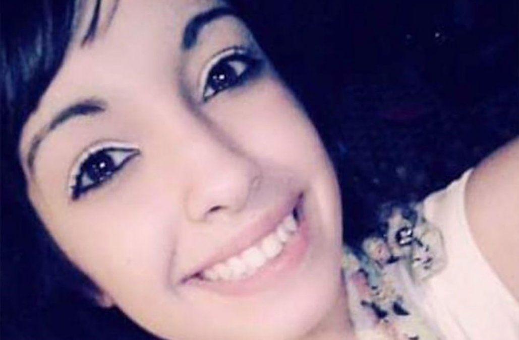 Joven lleva 3 meses desaparecida y su madre lo vincula al narcotráfico y trata de personas