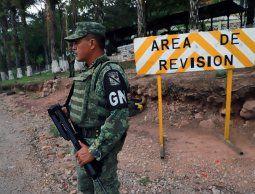 Punto de revisión en la frontera de México y Estados Unidos. Imagen de archivo.