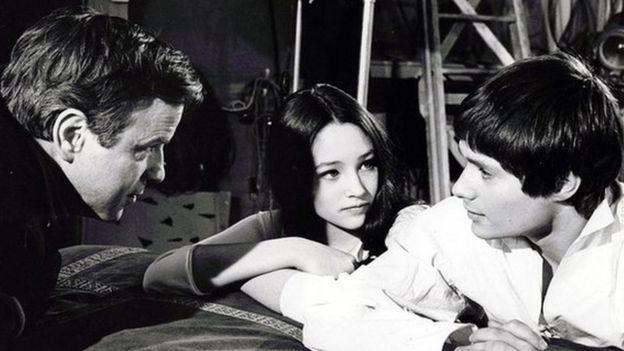 Filmando Romeo y Julieta junto a Oliva Hussey y Leonard Whiting en 1968.