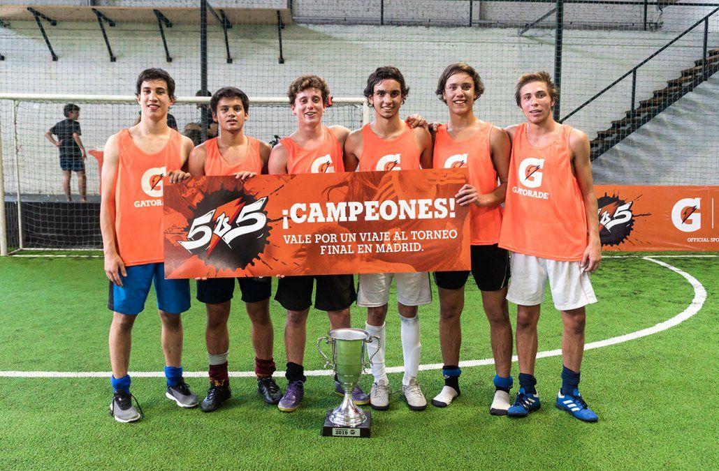 Seis jóvenes uruguayos compitieron en España en el torneo Gatorade 5v5