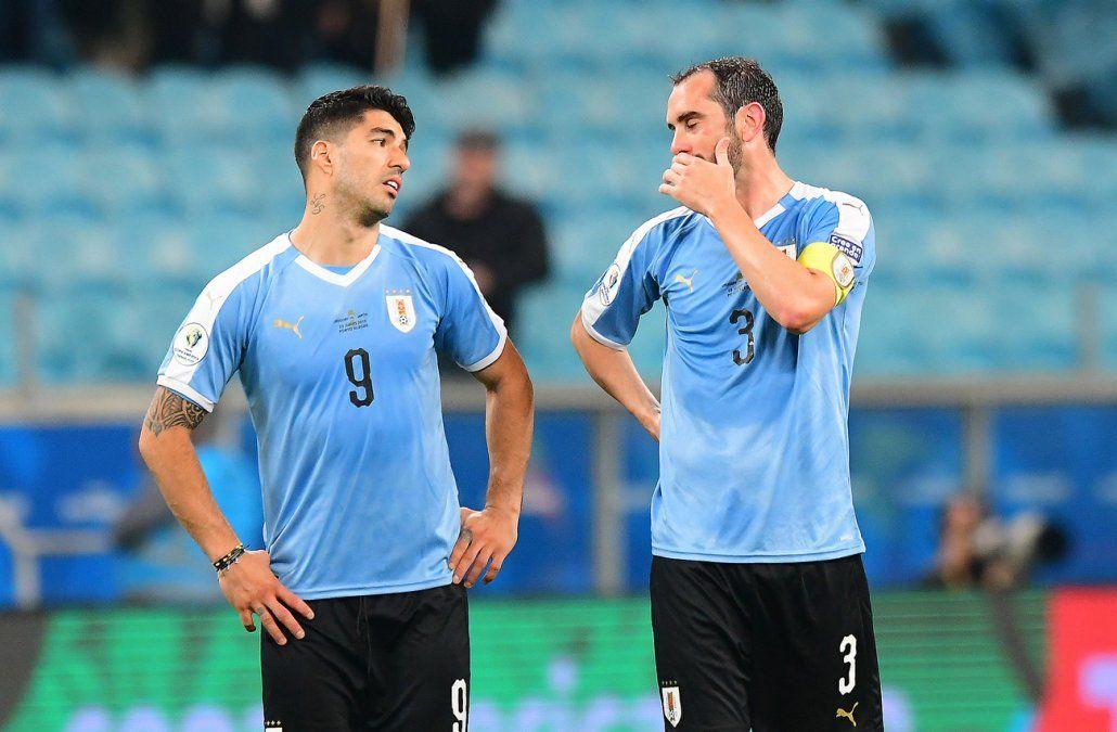 Laxalt tiene para dos semanas y Suárez entrena con protección en la mano izquierda