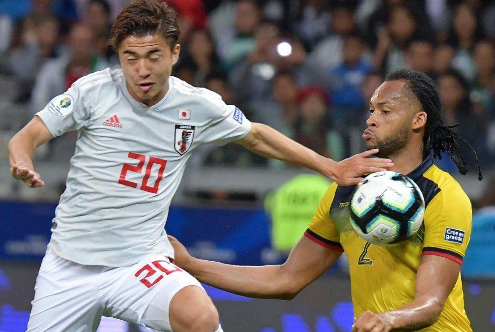 Ecuador y Japón empatan 1-1 y Paraguay se clasifica a cuartos de Copa América