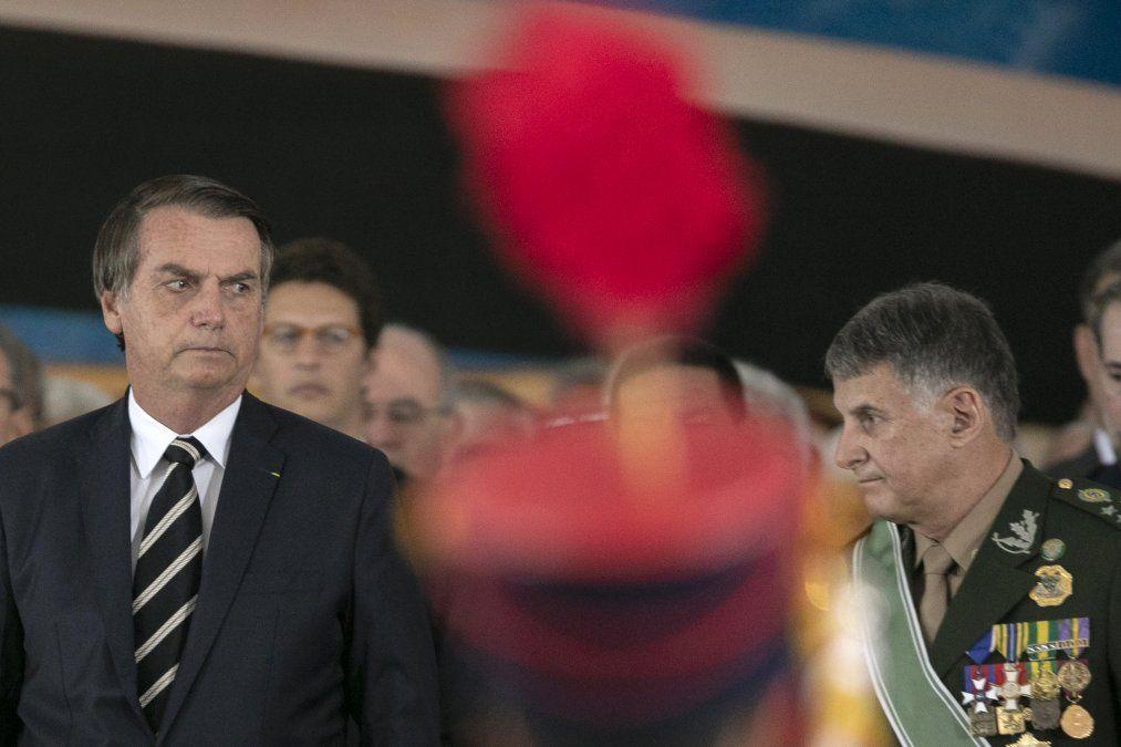 Jair Bolsonaro ingresó en 1974 en la Academia Militar Das Agulhas y egresó en 1977. A fines de los 80