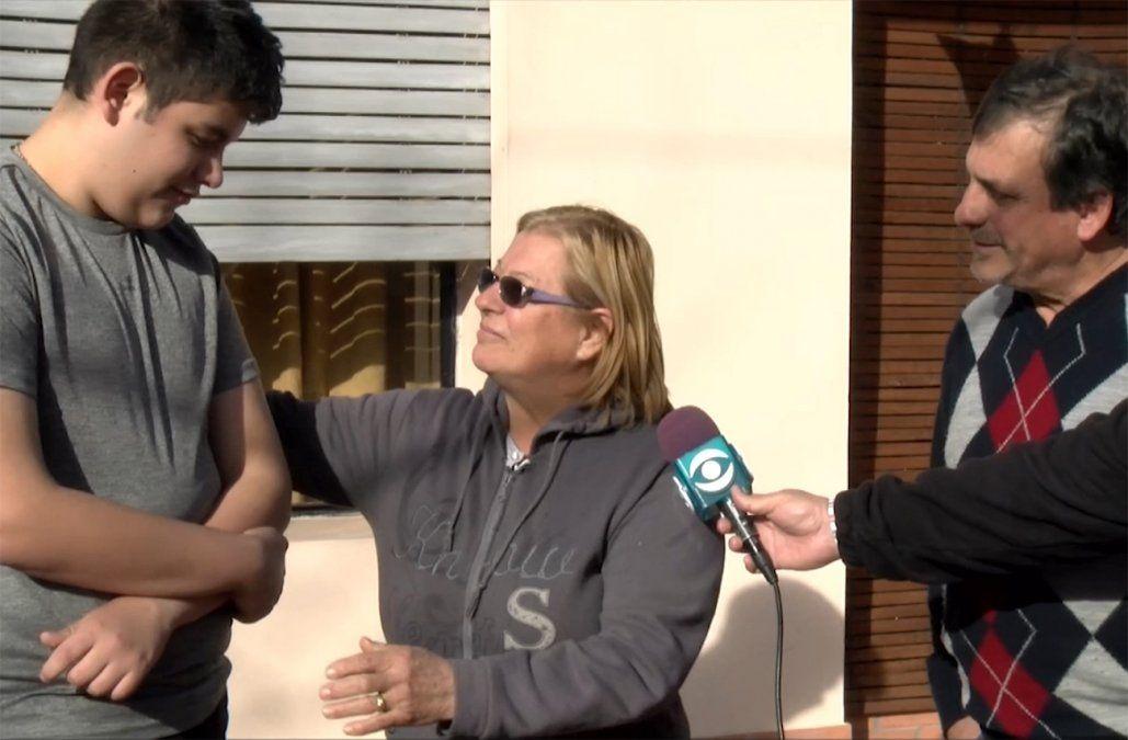 Salvó a un niño que cayó en un pozo y al otro día lo mordió un perro y le robaron el celular