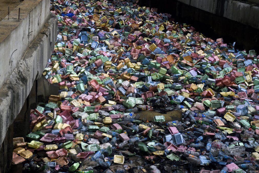 Después de una fuerte tormenta en Lagos