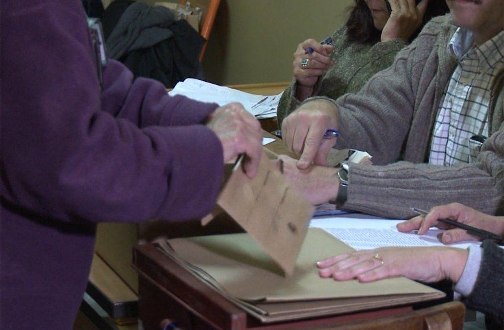 Casi 9 de cada 10 uruguayos sabe a quién va a votar en octubre, según Factum