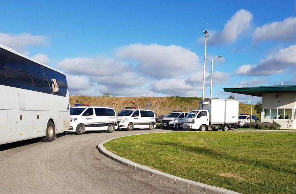 Más de un centenar de presos del Comcar trasladados a Punta del Rieles
