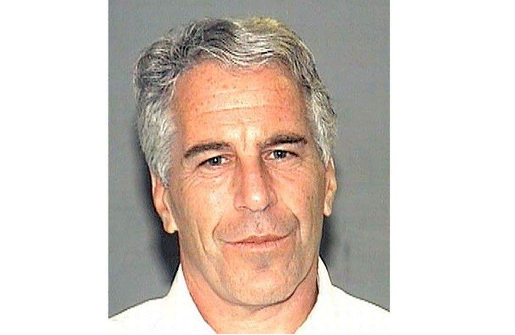 Testimonios señañan que Epstein agredió sexualmente a menores de 13 años en su residencia de Miami