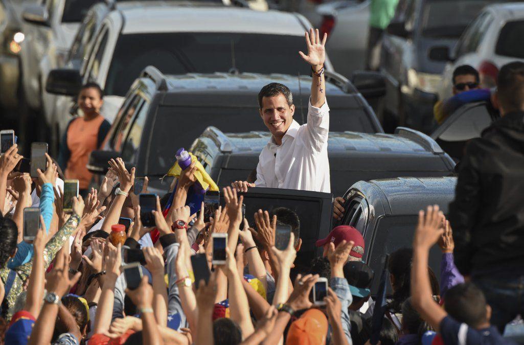 Guaidó retoma diálogo con el chavismo y pone su liderazgo a prueba dentro de la oposición