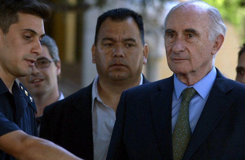 Murió Fernando De la Rúa, el presidente argentino que dejó la Casa de Gobierno en helicóptero