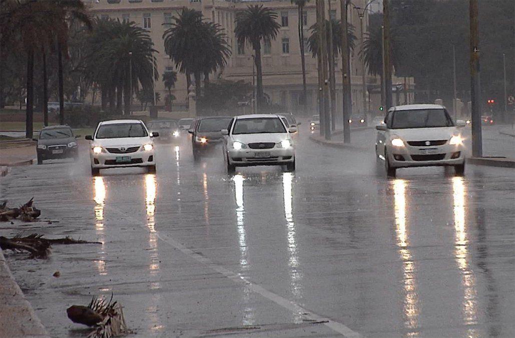 Meteorología emitió una alerta amarilla por fuertes tormentas y lluvias intensas