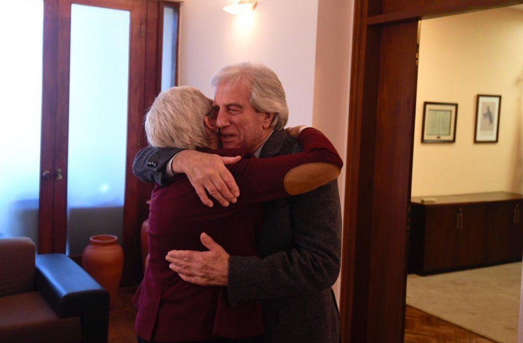 Tabaré Vázquez le dijo a la candidata a vicepresidenta que ella es portadora de la vibra frenteamplista