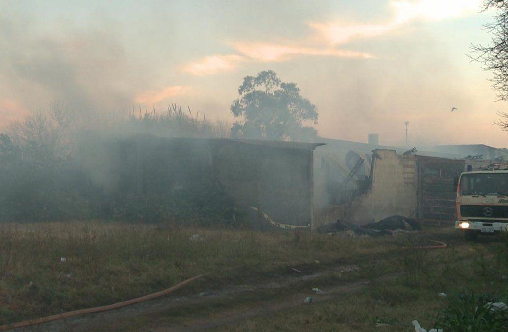 El depósito de telas que se incendió no tenía habilitación de bomberos