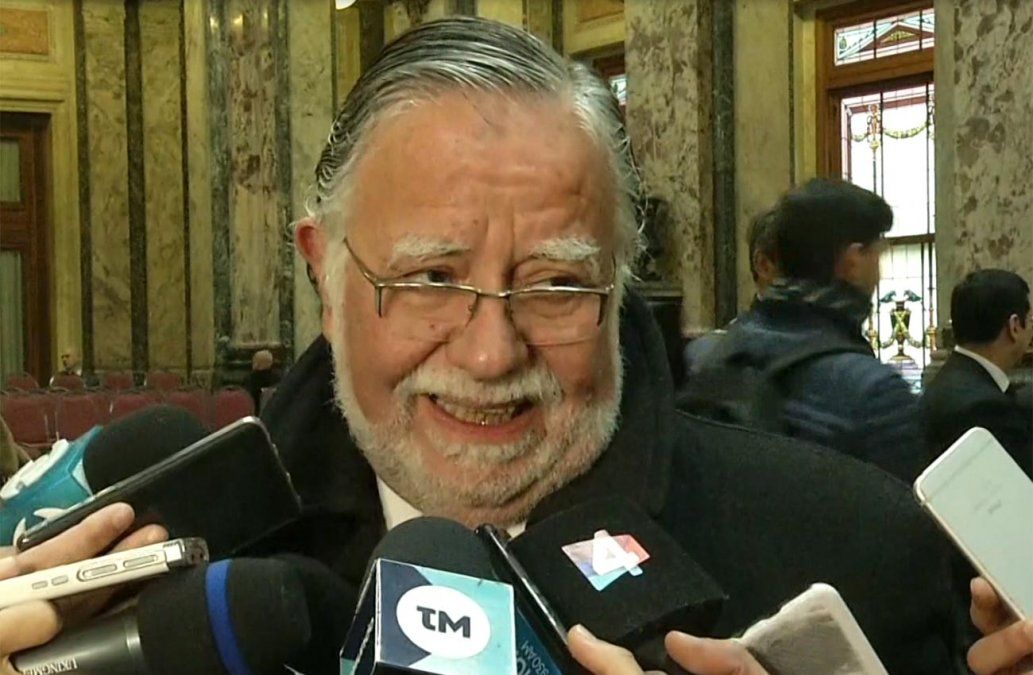 Bayardi defendió la reforma de Ley Militar: Mienten para llevar agua a su molino electoral