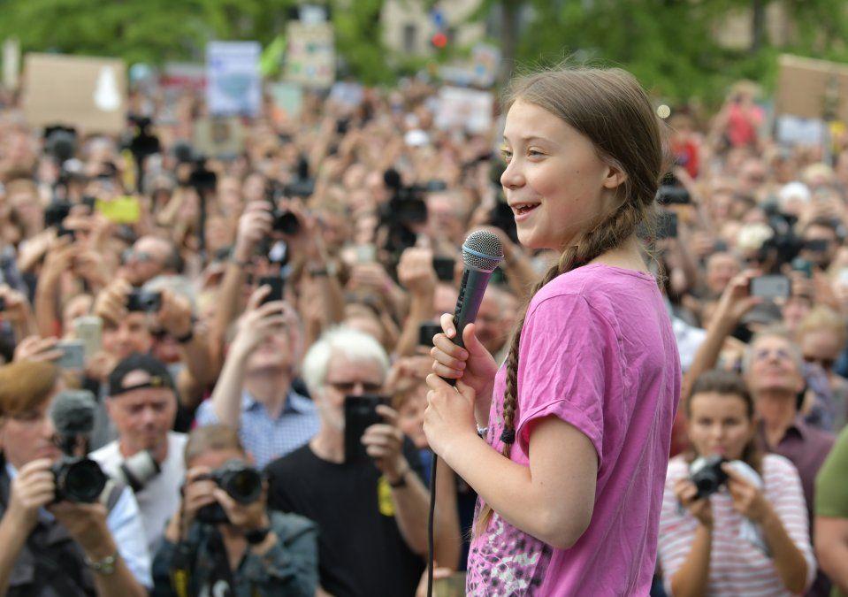 La activista sueca por el clima Greta Thunberg habla durante una demostración de Viernes por el futuro en Berlín.