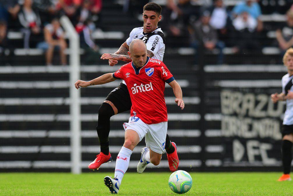 El argentino Lorenzetti vuelve a tener oportunidades en Nacional.