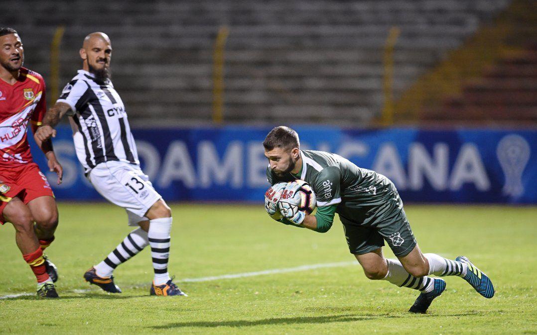 Ignacio De Arruabarrena debe mantener el cero en el arco de Wanderers
