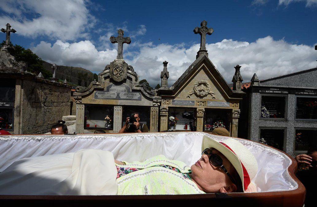 Celebrar la vida coqueteando con la muerte, la peculiar tradición de un pueblo español