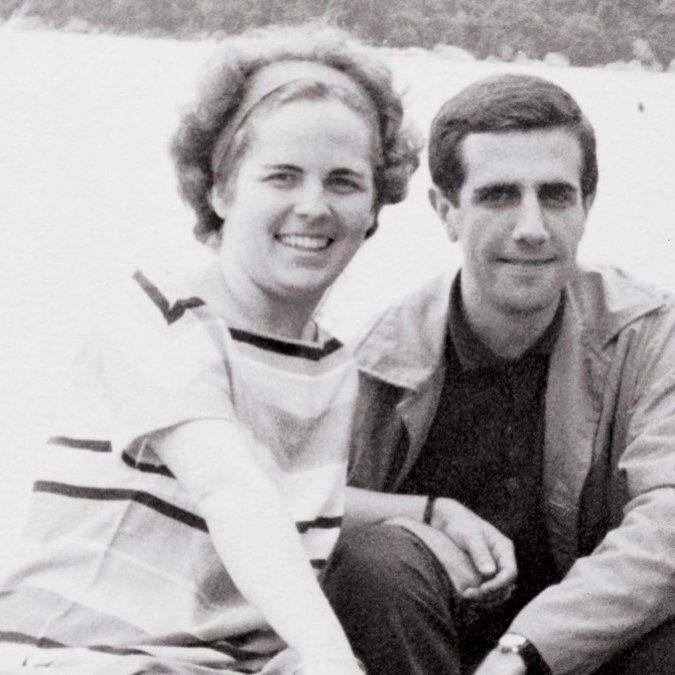 María Auxiliadora y Tabaré se conocieron en una kermese. Vivían a diez cuadras de distancia en La Teja.