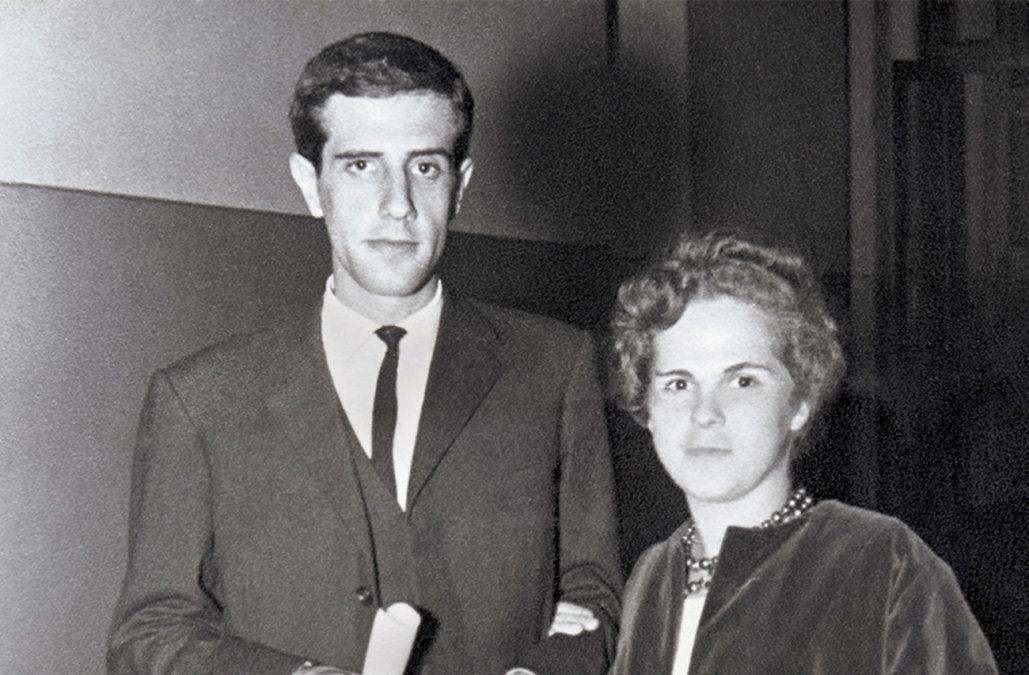 El matrimonio de Tabaré Vázquez y María Auxiliadora tuvo tres hijos. Luego adoptó otro niño.