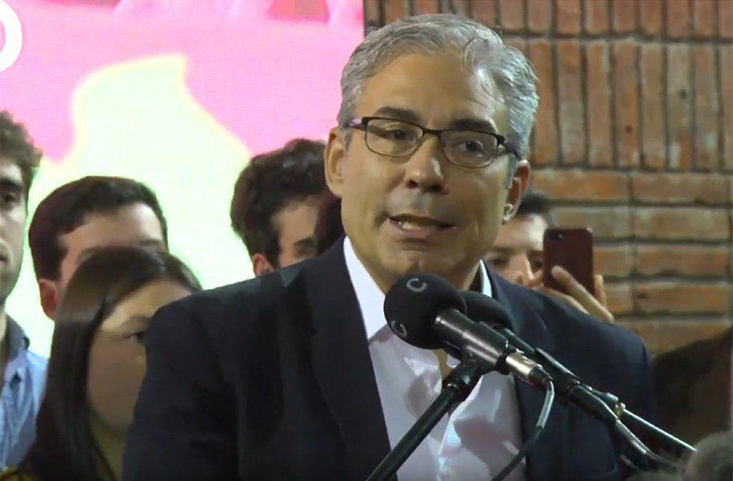 Robert Silva fue proclamado candidato a vicepresidente y prometió reformar la educación