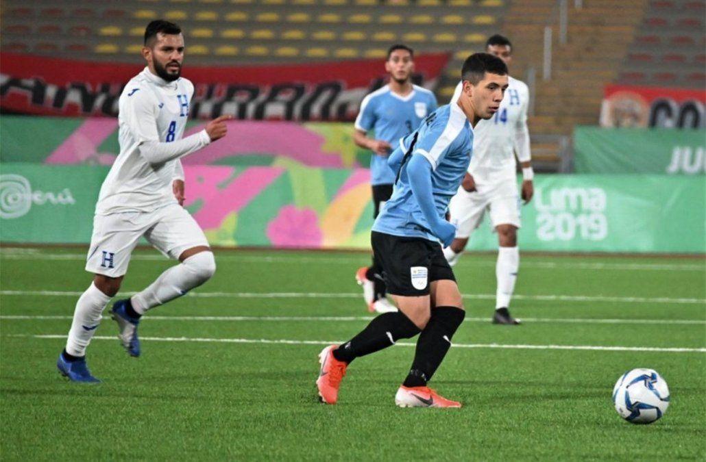 Uruguay le ganó 3 a 0 a Honduras y enfrentará a Argentina en semifinales