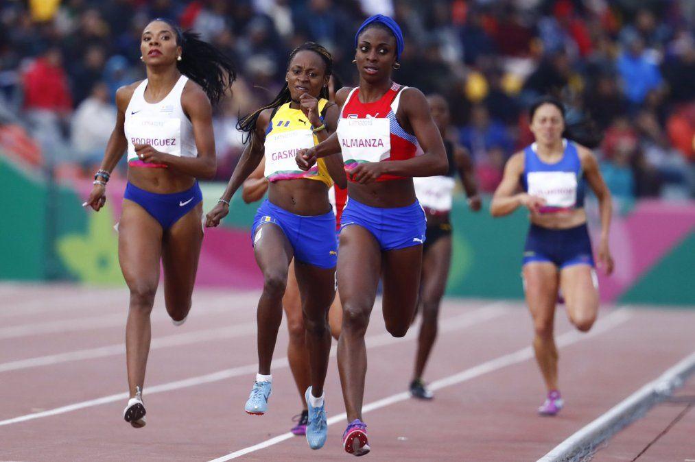 Rodríguez empezó en 400 m con vallas y ahora compite 800 metros.
