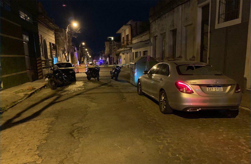 Tiroteo y persecución por varios barrios de Montevideo tras robo del auto a una diplomática