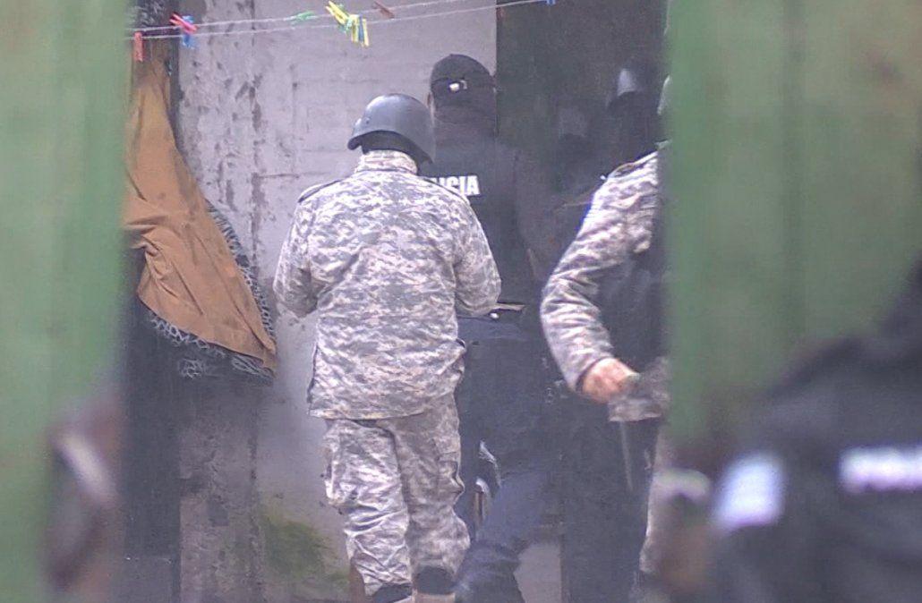 Tres personas a prisión por posesión y comercialización de droga en Maroñas