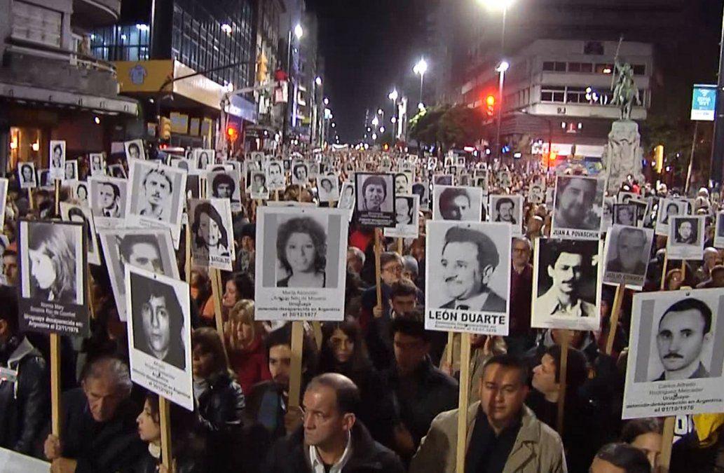 Foto: Marcha del Silencio (el 20 de mayo de cada año).