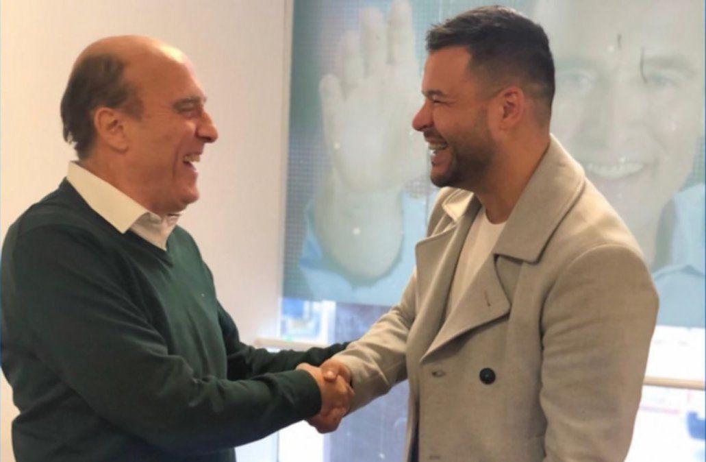 Martínez se comunicó con el Gucci y le pidió que baje su candidatura a Diputados