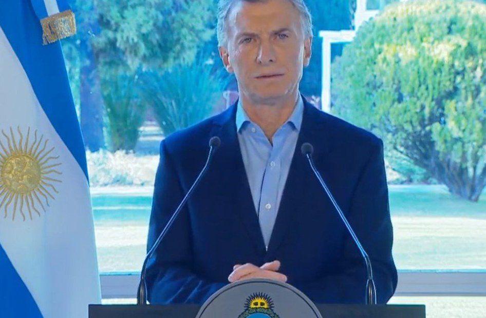 Mauricio Macri desde Olivos tratando de tomar el control de la situación en Argentina