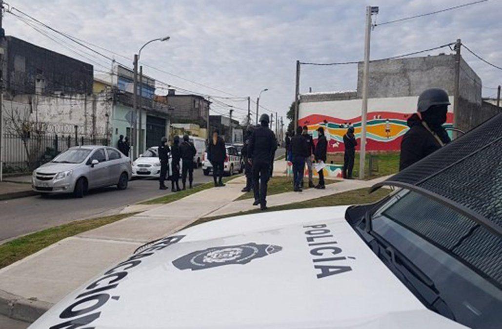 Operativo policial con 10 allanamientos simultáneos para desmantelar una red narco