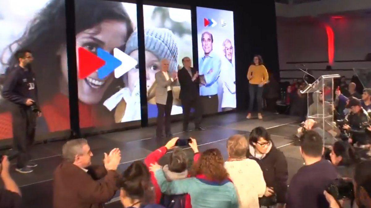Frente Amplio ratificó la fórmula Martínez-Villar y estrenó nuevo jingle de campaña