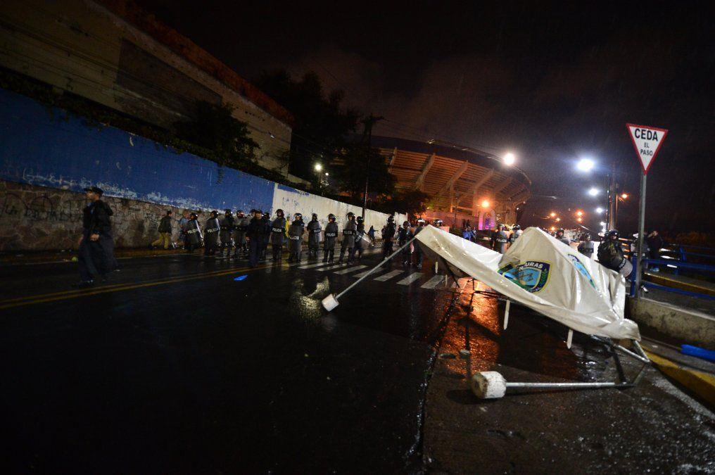 Al menos tres muertos y siete heridos en incidentes por partido de fútbol en Honduras