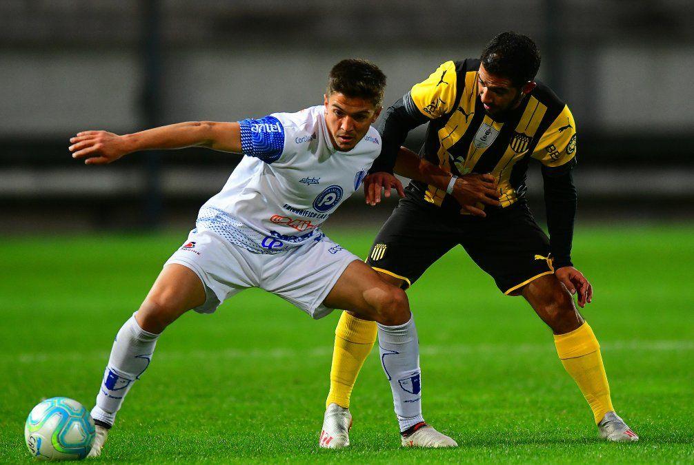 Show de goles: Cerro Largo y Peñaron son punteros en sus series y líderes de la Tabla Anual