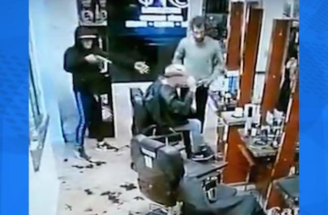 Rapiña en peluquería: la bala pasó a centímetros de un cliente