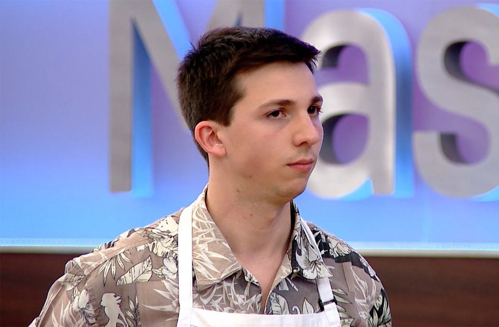 Harry no pudo demostrar su pasión por la pastelería y es el nuevo eliminado de MasterChef