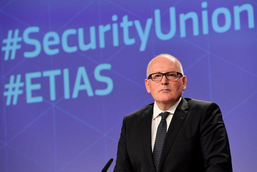 Frans Timmermans de la Comisión Europea