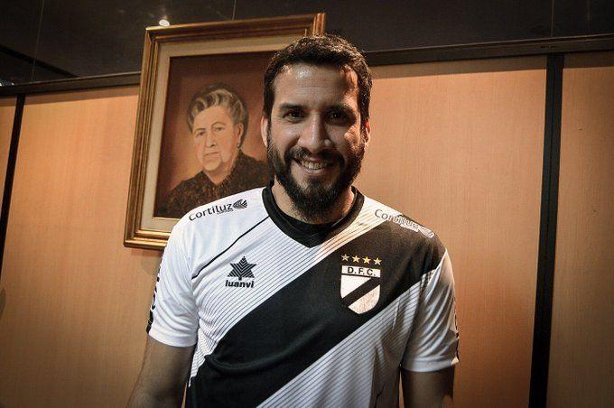 Mauricio Victorino no jugaba desde mayo de 2017. Tomó un preparado por fuera de la dieta del club. Cerro Porteño le rescindió el contrato. El jugador se defendió ante el TAS de la acusación por anfetaminas.