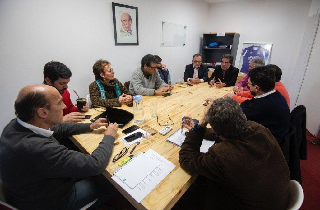Martínez recibió a integrantes de Eduy21 y expresó coincidencias con varias propuestas