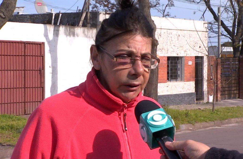 Una mujer fue agredida por un delincuente en La Teja que le pegó patadas en la cara