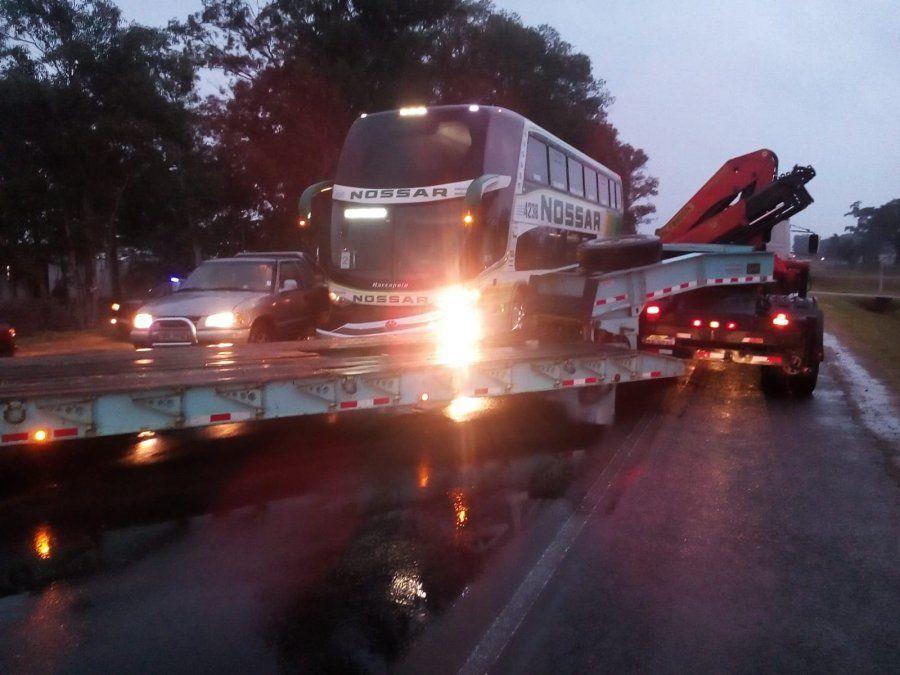 Accidente múltiple en Ruta 5: un motociclista resultó politraumatizado