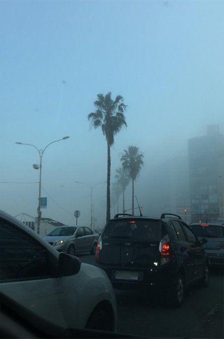 El humo cubre todo el país y además hay zonas con neblinas, según Meteorología