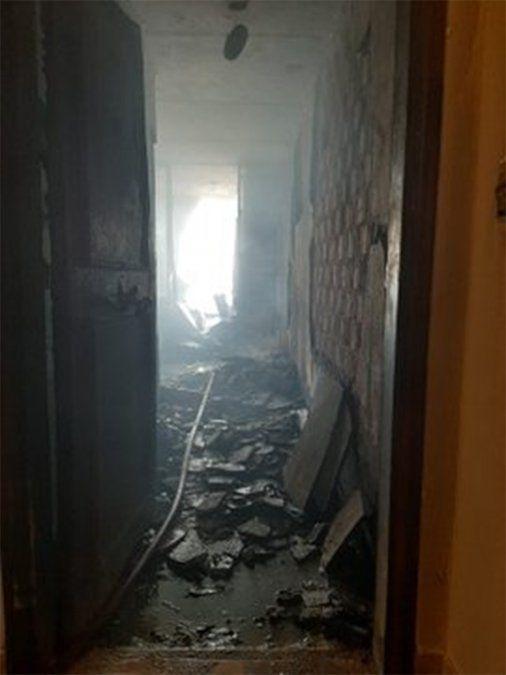 Así quedó uno de los apartamentos incendiados en Buceo